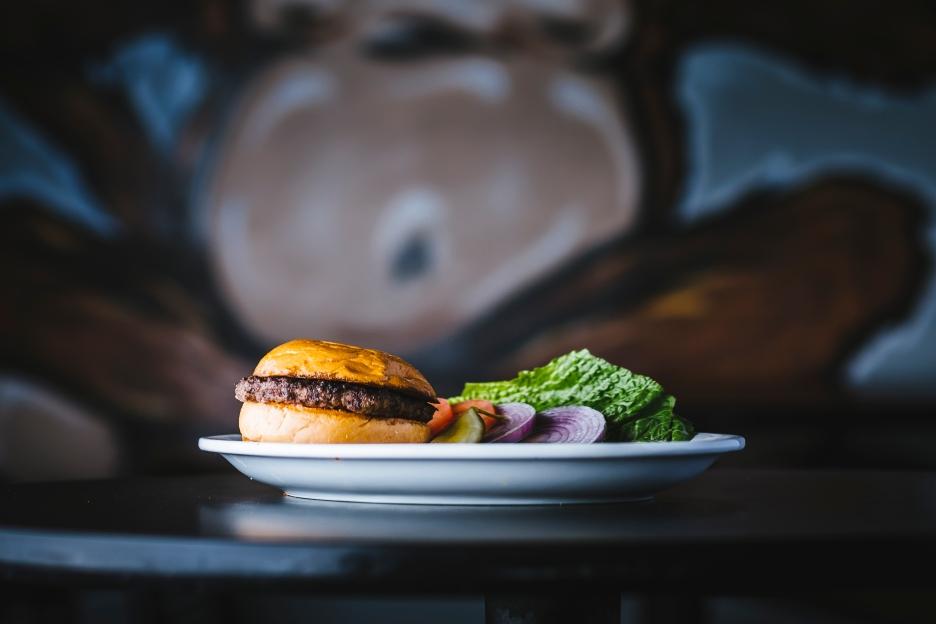 monkey_burger-fullsize-40.jpg